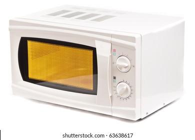 Horno de microondas.  Aislado en blanco.