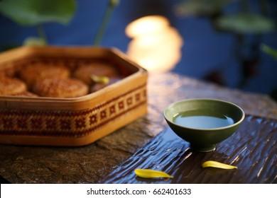 Mid autumn moon cakes and tea