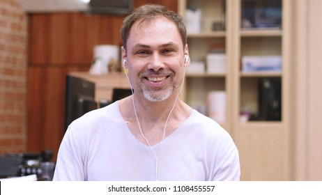 Middle Age Man Online Video Chat, Talking to Camera