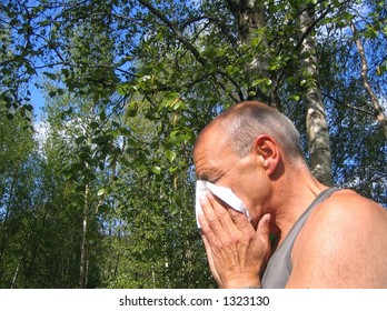 Middle aged man with pollen allergy