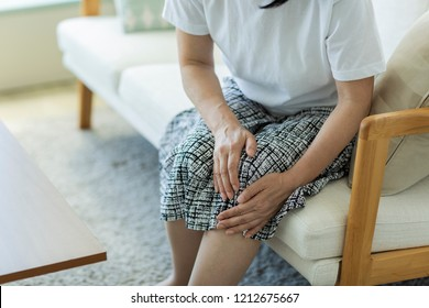 Middle aged women with knee pain