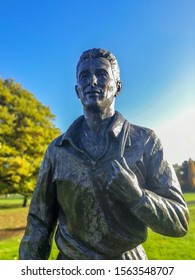 Middlesbrough, England, UK. November 18th 2019. Bronze statue of Brian Clough located in Albert Park, Middlesbrough. Brian was a footballer and football manager. Born at Valley Road Middlesbrough.