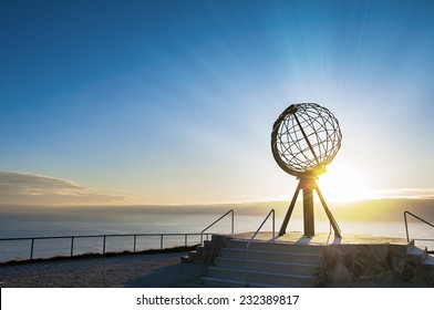 Midnight sun at the North Cape/ Nordkapp, Norway