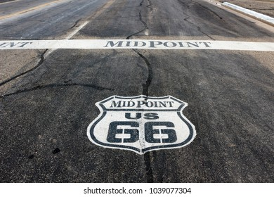 Midpoint of Route 66 at Adrian, Texas