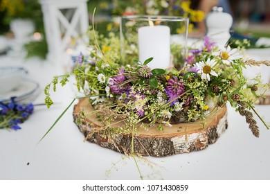 Midsommar Table Decoration