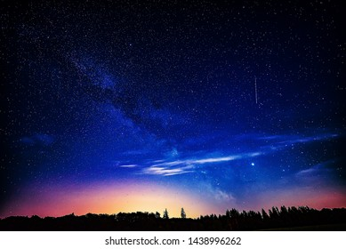 Tall Mountain Shooting Star Images, Stock Photos & Vectors