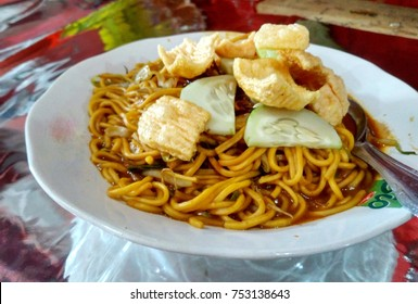 mie aceh noodles from indonesian