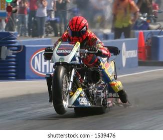 Imágenes, fotos de stock y vectores sobre Motorcycle Drag
