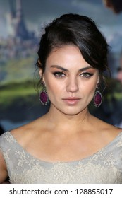 """Mila Kunis at the """"Oz The Great and Powerful"""" World Premiere, El Capitan, Hollywood, CA 02-13-13"""