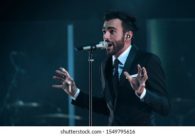 "Milan Italy  08 May 2013  : Live concert of Marco Mengoni , ""L'essenziale Anteprima Tour 2013"",  at the ""Teatro degli Arcimboldi"": The singer Marco Mengoni during the concert"