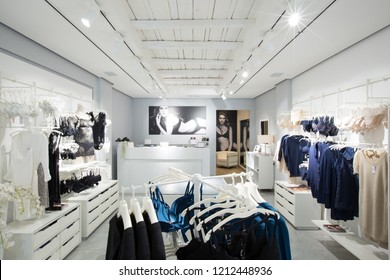 Intimissimi Store Images Stock Photos Vectors Shutterstock