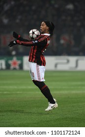 """Milan  Italy , 16 February 2010, """"SAN SIRO """" Stadium,  UEFA Champions League 2009/2010, AC Milan - FC Manchester United : Ronaldinho in action during the match"""