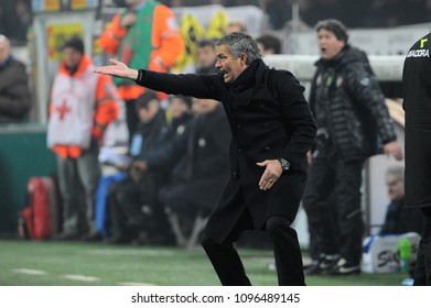 """Milan, Italy, 24 January 2010 """"G.MEAZZA SAN SIRO """" Stadium, Championship Seria A 2009/20100,  FC Inter - AC Milan:  Inter coach Jose Mourinho protests with the referee during the match"""