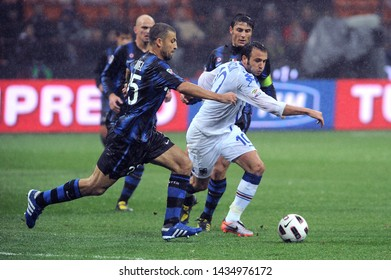 """Milan  Italy, 24 October 2010, """"G.MEAZZA SAN SIRO """" Stadium, Serious Football Championship A 2010/2011,   FC Inter - UC Sampdoria : Giampaolo Pazzini and Walter Samuel in action during the match"""