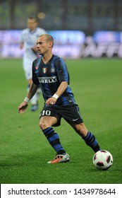"""Milan  Italy, 24 October 2010, """"G.MEAZZA SAN SIRO """" Stadium, Serious Football Championship A 2010/2011,   FC Inter - UC Sampdoria : Wesley Sneijder in action during the match"""