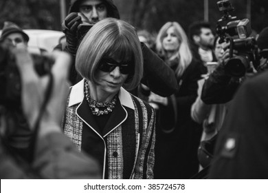 MILAN, ITALY - FEBRUARY 27: Anna Wintour before TOD's fashion show during Milan Women's Fashion Week Day 3, street style on FEBRUARY 27, 2016 in Milan.