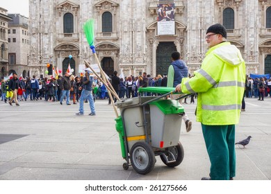 Street Cleaner Images, Stock Photos & Vectors | Shutterstock