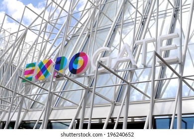 MILAN, ITALY - MAY 13: sign Expo Gate 2015, on May 13, 2014 in Milan, Italy