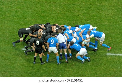 MILAN, ITALY - NOVEMBER 14, 2009: Rugby players in action during the test match Italy vs New Zealand, at San siro stadium in Milan.