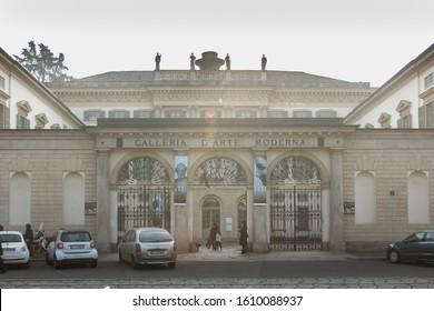 Imagenes Fotos De Stock Y Vectores Sobre Gallery Milan Shutterstock