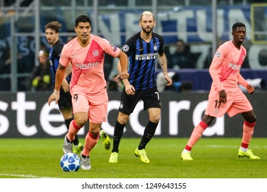 Milan, Italy. November 6, 2018. Stadio San Siro. UEFA Champions League. Inter vs Barcelona 1-1. Luis Suarez, Barcelona.