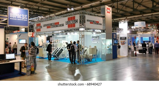MILAN, ITALY - OCTOBER 08: Panoramic view of people visiting Sfortec 2010, international exhibition of machines, robots, automation and auxiliary technologies on October 08, 2010 in Milan, Italy.