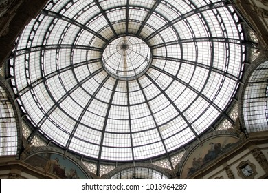 MILAN, ITALY - SEPTEMBER 13 : Galleria Vittorio Emanuele II, Milan, Italy.