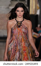 MILAN, ITALY - SEPTEMBER 20: model  Kendall Jenner walks the runway at the Emilio Pucci show as a part of Milan Fashion Week  Spring/Summer 2015 on September 20, 2014 in Milan, Italy.