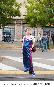 MILAN, ITALY - SEPTEMBER 22, 2016: People in the street attending fashion shows during Milan Fashion Week Woman spring/summer 2017