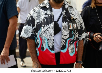 ce9bc655a MILAN, ITALY - SEPTEMBER 22, 2018: Man with Prada jacket with floral design