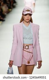 MILAN, ITALY - SEPTEMBER 22: Chane Husselmann walks the runway at the Versace show during Milan Fashion Week Spring/Summer 2018 on September 22, 2017 in Milan, Italy.