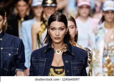 MILAN, ITALY - SEPTEMBER 22: Models walk the runway finale at the Versace show during Milan Fashion Week Spring/Summer 2018 on September 22, 2017 in Milan, Italy.