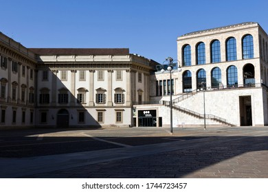 MILAN, ITALY-MAY 9, 2020: Royal Palace and Arengario building, Museo del Novecento Museum of 900. Empty Duomo square during coronavirus epidemic period. Second phase of quarantine in Lombardy.