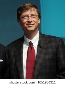 MILAN, ITALY-NOVEMBER 18, 2004: Microsoft's founder and CEO Bill Gates attends the Futur Show convention, in Milan.