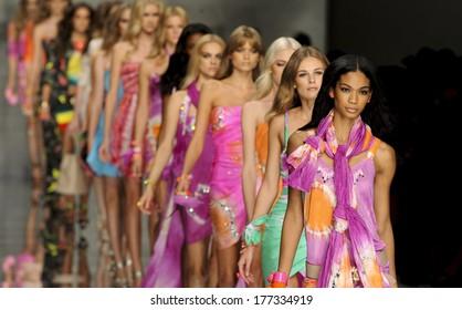 MILAN, ITALY-SEPTEMBER 25, 2009: Models catwalk runway during the Blumarine spring-summer collection.