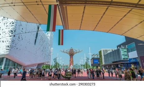 MILAN - JUNE 3, 2015 - Expo Milano 2015, The Tree of Life for the Expo 2015, a symbol of Italy at the Expo 2015 in Milan