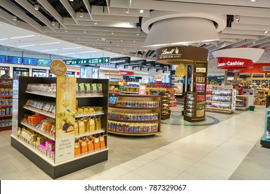 MILAN MALPENSA, ITALY - CIRCA NOVEMBER, 2017: goods on display at Milan-Malpensa airport.