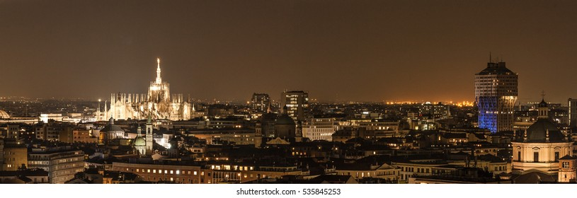 Milan skyline by night
