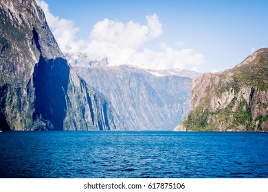 Milford Sound Scenic Attraction Panoramic Landscape