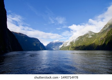 Milford Sound - stunning fiorland of New Zealand