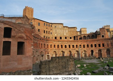 Militia tower and column, Rome, Italy
