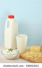 Milk, cottage cheese and shredded swiss cheese are healthy sources of protein and food allergens