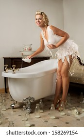 Milk dress pin-up girl preparing her bath