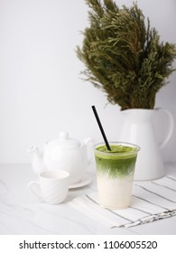Milk Matcha Tea with Matcha Topping