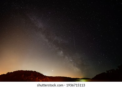 Milky Way, Jupiter and Saturn planets in the night sky.