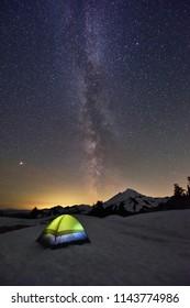 Milky Way, Mars viewed from Artist Point, Mount Baker, Washington