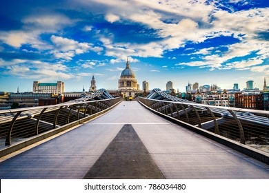 Millennium Bridge and St. Paul's cathedral | London | UK