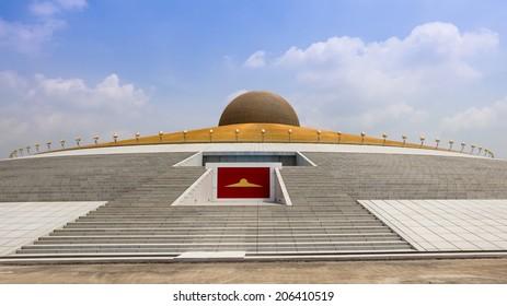 Wat Phra Dhammakaya Images Stock Photos Vectors Shutterstock