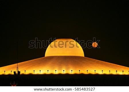 Million Golden Buddha Figurine Wat Phra Stock Photo Edit Now