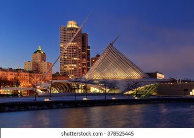 MILWAUKEE, WI - FEBRUARY 12 2016: Milwaukee Art Museum and Downtown Skyline at Dusk